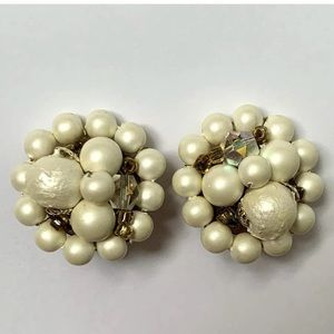 Vintage faux pearl cluster clip on earrings